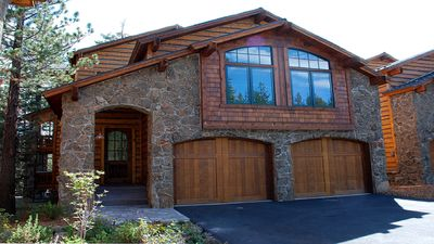 Photo for Beautiful Mammoth House  Luxury Home, 4 Bed + Loft/5 Bath-Private Owner