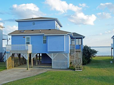 Photo for SPECTACULAR SOUNDFRONT, 3 BRs, Private Dock, Comm Pool, Tennis and Marina.