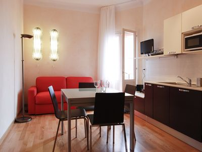 Photo for Modern 1bdr w/balcony in the city center