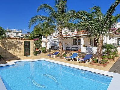 Photo for Detached Villa With Pool Close to Puerto Banus & Walking Distance to Restaurants