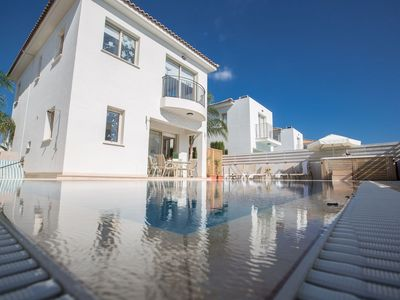 Photo for Villa Foros Dyo - Modern 3 Bedroom Pernera Villa with Pool - Close to all Amenities