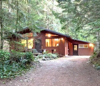 Photo for Cabin #23 - Great cabin with hot tub, game room, WIFI and sauna!