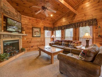 Photo for The Great Outdoors, 2 Bedrooms, Sleeps 10, Arcade, Hot Tub, Pool Table