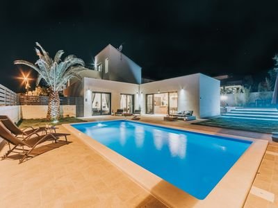 Photo for Brand new villa with private swimming pool, garden, BBQ, common roof terrace
