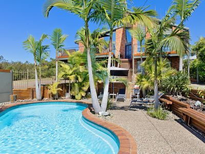 Photo for Panorama Beach House - luxury home, all rooms with ensuites