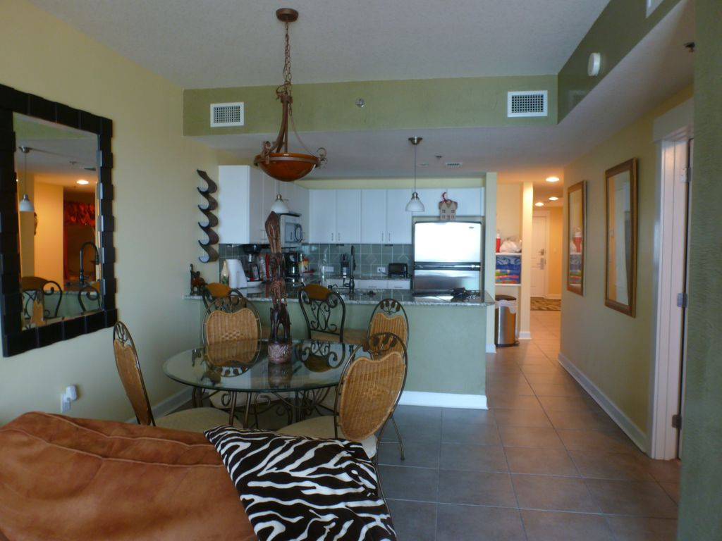 Cozy decorated personally owned condo 2 bedroom 2 - Two bedroom condo panama city beach ...