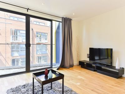 Photo for Apartment Tanner Riley in London South Bank - 2 persons, 1 bedrooms