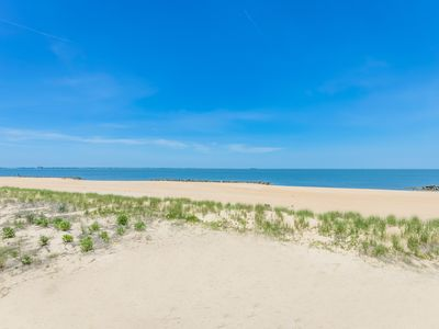 Photo for Dune Cottage Shore Suite (Boutique 2-Bed/2-Bath Condo with Beach Access)