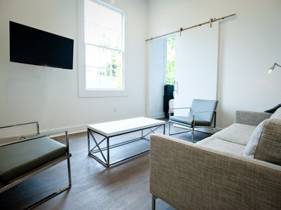 Photo for Beautiful Bywater Apartment