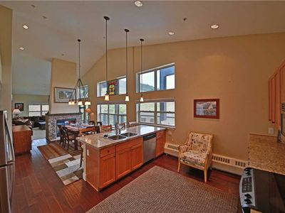 Photo for Luxury ski-in/ski-out penthouse condo with two-sided gas fireplace and indoor parking