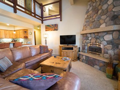 Photo for Vaulted Ceiling w/Loft + FREE Shuttle +Walk to Grocery + Rent 4nts 5th FREE