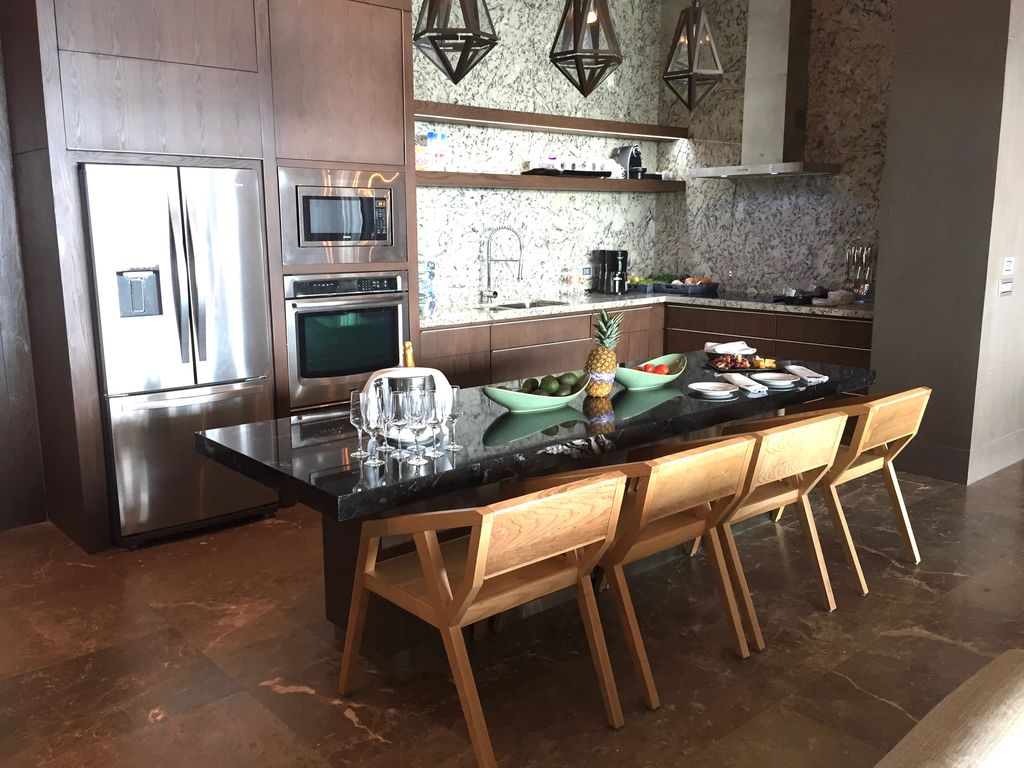 Gourmet Kitchen With Convection Oven, 4 Burner Cooktop And All Small  Appliances.
