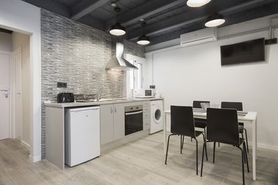 This modern fully equipped apartment will ensure you have a wonderful stay.