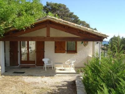Photo for lovely independant provencal little house (cabanon)