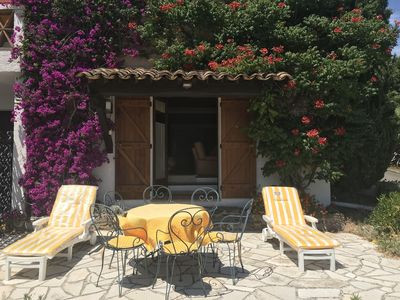 Photo for Apartment in Provencal Mas