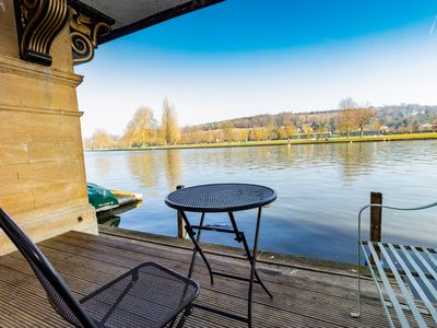 Photo for 3BR Apartment Vacation Rental in Henley-on-Thames, England