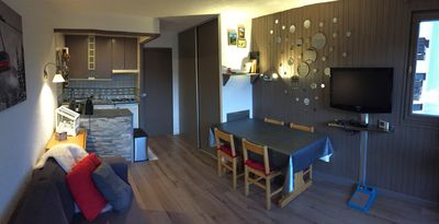 Living room/Dining area/Kitchen