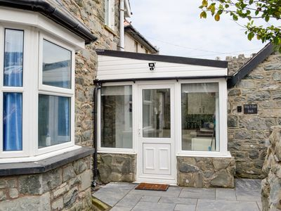 Photo for 1 bedroom accommodation in Llanaber, near Barmouth