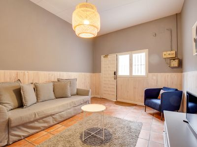 Photo for Modern 2 Bed in lovely Lesseps