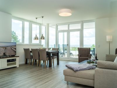 Photo for Exclusive holiday apartment directly on the beach with sea views over the Baltic f