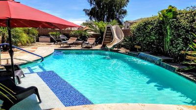 3 Br + Den 2000 Sq Ft Bungalow ***Heated Pool With A Slide***