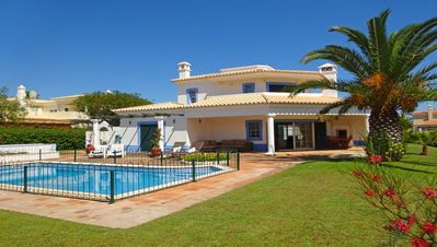 Photo for Detached 3 Bed Villa With Private Pool and double electric gated front.