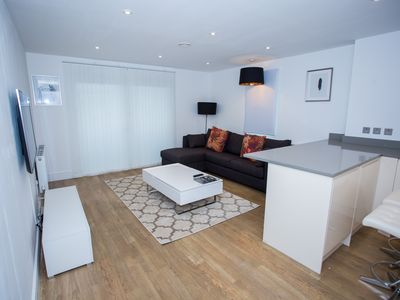 Photo for Luxury 2bed apartment located in the Abbeywood