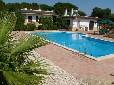 Photo for Secluded Villa with very large pool near all local amenities and great beaches