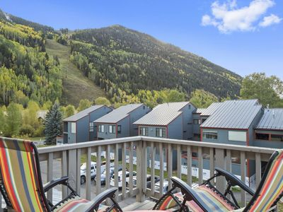 Photo for Comfortably furnished 2 bedroom, 2 bath condo with great resort views and a prime downtown location.