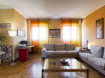 Photo for Apartment of 160 square meter in strategic position any destination in 15 minute