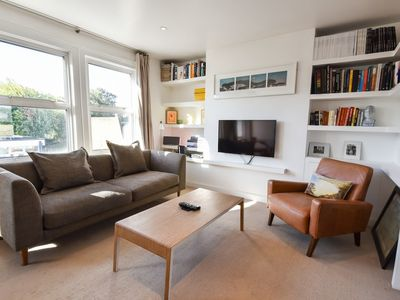 Photo for 2 Bedroom Apartment in Vauxhall