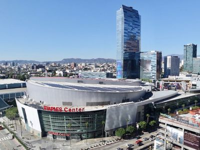 Photo for •PANORAMIC HOLIDAY GETAWAY IN DTLA / ACROSS STAPLES & CONVENTION CENTER!•
