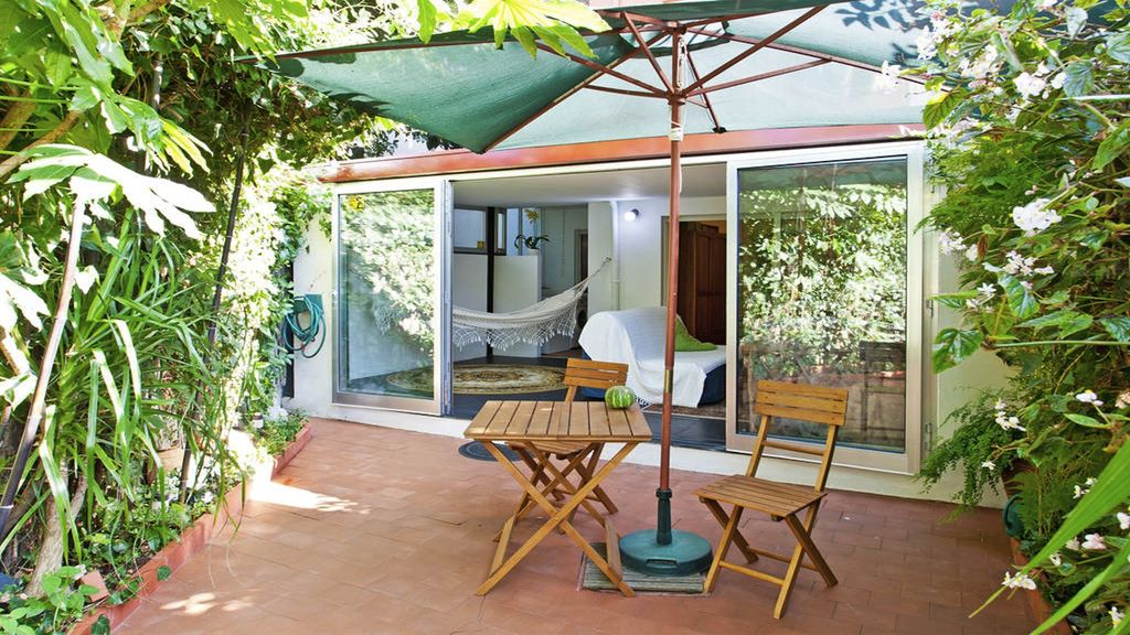 Quiet flat with garden central Porto - Pet Friendly Accommodations ...