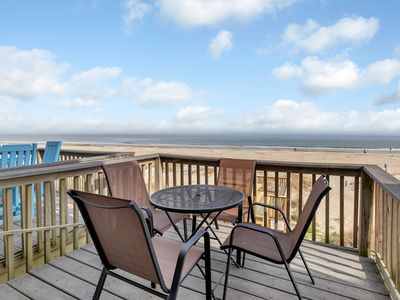 Directly Oceanfront Townhome, Just steps to the Ocean