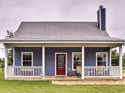 Photo for Blanco's 'Blue Cottage Inn' w/Patio, Grill & Porch