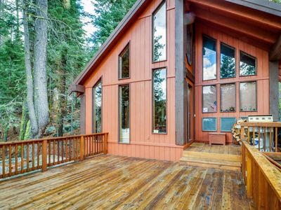 Photo for Cozy cabin w/ historical details, mountain/lake views, deck & easy beach access!