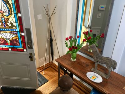 Bright Butchertown Apt - Available for 30 day + rentals - ALL UTILITIES INCLUDED
