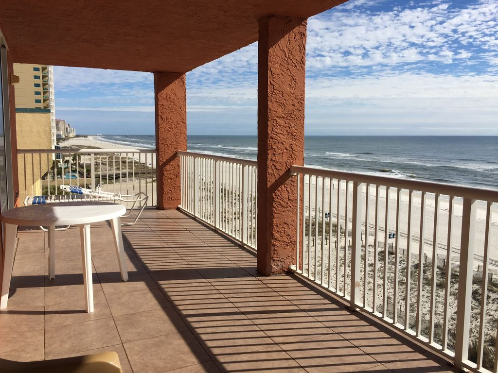 Stunning View Of Gulf From Wide Balcony 3 B R 6th Floor