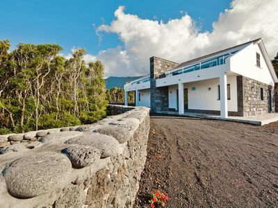 Photo for Semi-detached houses, Praínha de Baixo  in Pico - 4 persons, 2 bedrooms