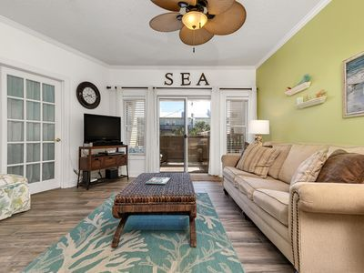 Steps to Beach, Pet friendly, Elevator and Balcony
