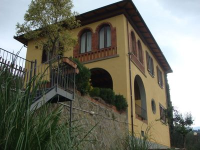Photo for Villa with private pool between Arezzo and Firenze