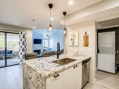 Photo for Gorgeous remodeled Condo near Old Town