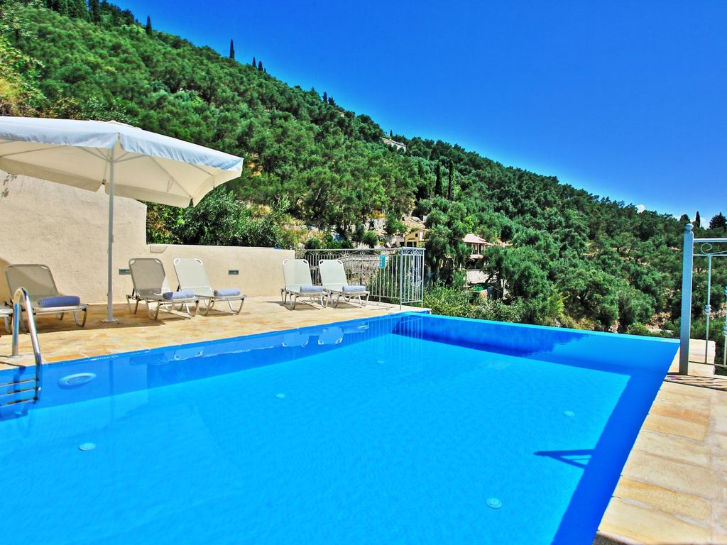 Brand new villa with private swimming pool and sensational for Private swimming pool