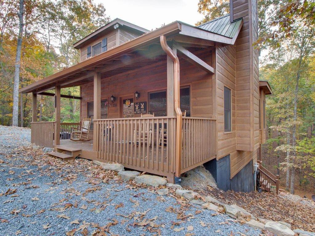 Dog Friendly Forest Cabin With A Hot Tub S Vrbo