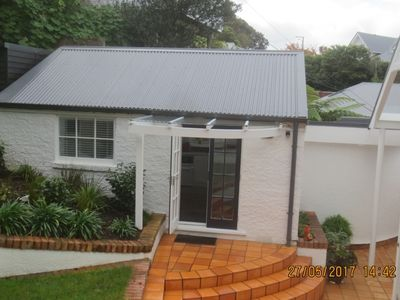Photo for Smart and tidy cottage close to CBD.