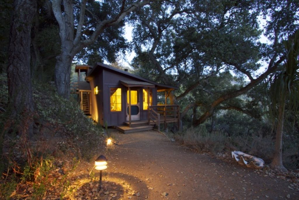 Big sur craftsman cabin vrbo for Big sur national park cabins