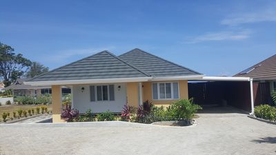 Family Vacation Home - Great location near major attractions