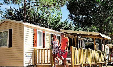 Photo for Campsite Le Val de Cesse *** - 4 room air conditioned villa 6 people