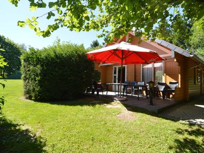 Photo for A wooden chalet located in a quiet and green environment, for 5 people