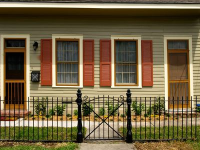 Photo for Romantic New Orleans Creole Cottage